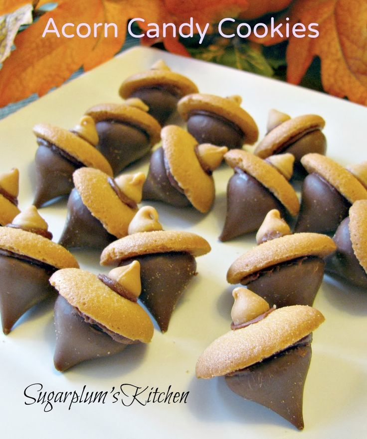 Super cute and so easy to make Acorn Candy Cookies!  #ThanksgivingHero  www.sugarplumskitchen.com
