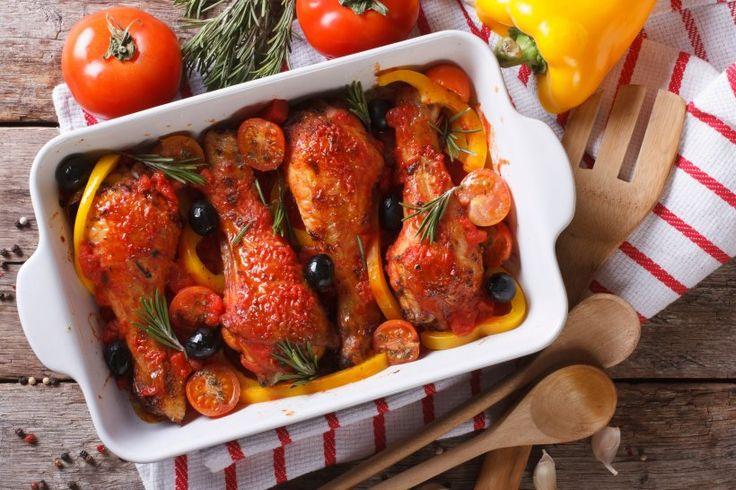 Hähnchenkeulen aus dem Ofen - Innen saftig und außen knusprig, so schmecken…