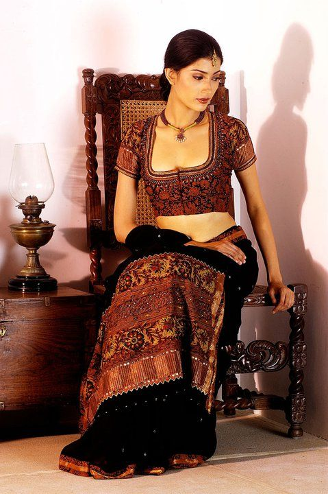 shrishti-ethnic-sarees-by-latha-puttanna