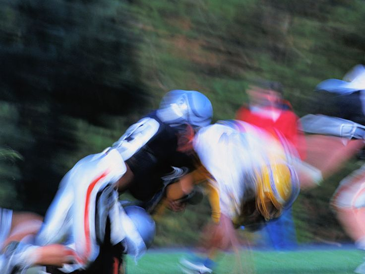 Scientists Spot Marker for CTE in Living Football Players  Brain disease caused by repeated concussions can only be diagnosed after death at this point