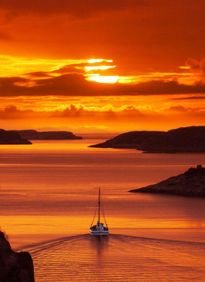 Emmy DE * Sunset in Solsviksundet, Norway                                                                                                                                                     Más