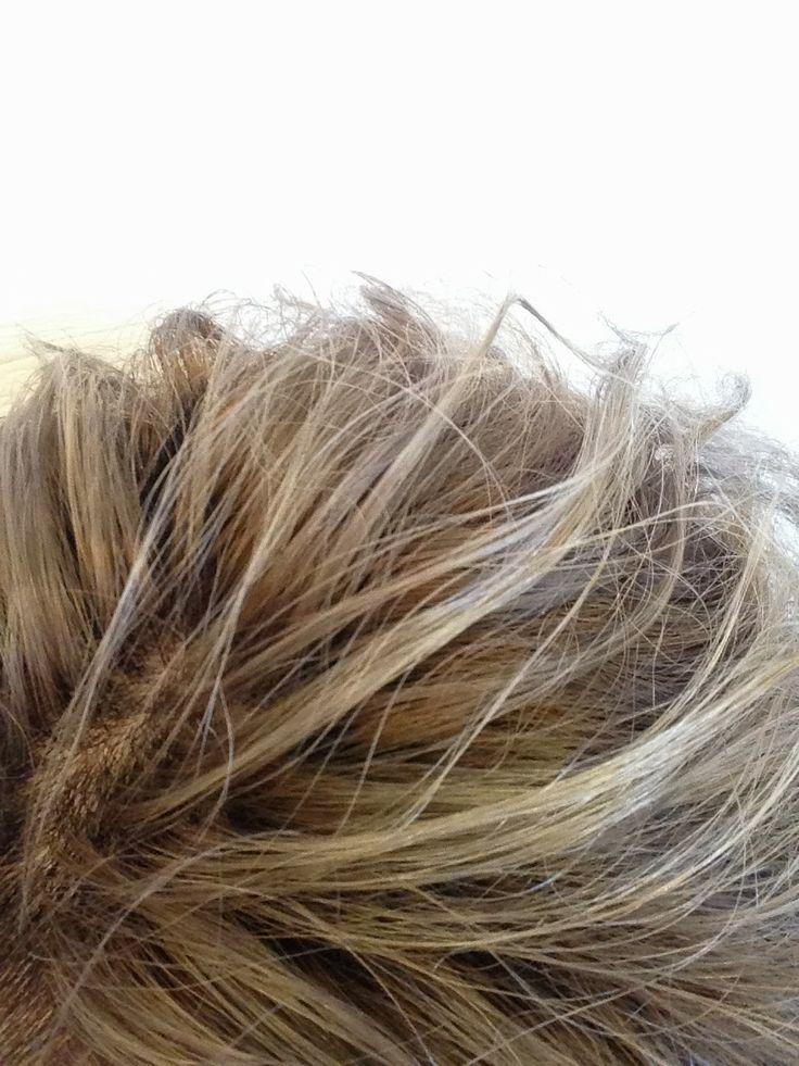 ベージュ、カラーリング 少しの白髪や癖毛などで、ヘアスタイル、デザインを諦めたくない! あなたの髪の悩みを聞き、技術提案する、大阪、堀江のマンツーマン美容室「ポリッシュ.カスタムヘア」06-6532-6635