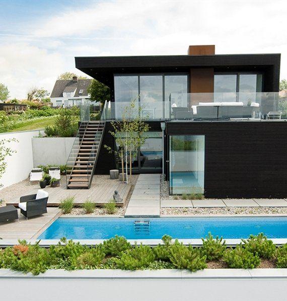 casa moderna con pileta
