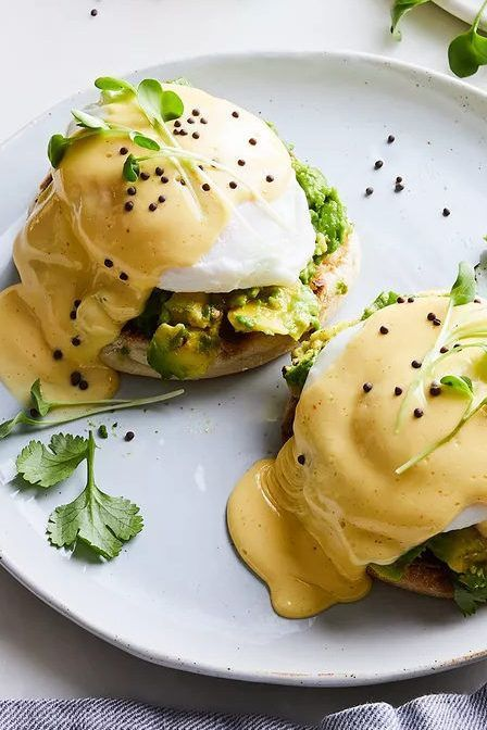 Avocado Toast Benedict Inspired by a menu item at the Butcher's Daughter in Venice, California, this vegetarian-friendly recipe combines two breakfast favorites: avocado toast and eggs Benedict. Vegetarian Recipes, Cooking Recipes, Healthy Recipes, Vegetarian Eggs Benedict Recipe, Vegetarian Brunch, Whole30 Recipes, Healthy Meals, Pasta Recipes, Sweet Recipes