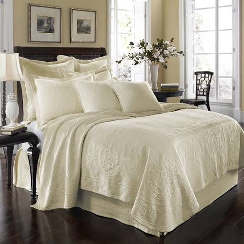 Historic Charleston King Charles Matelasse (Ivory) Bedding by Historic Charleston Bedding, Comforters, Comforter Sets, Duvets, Bedspread, Quilts, Sheets & Pillows: The Home Decorating Company