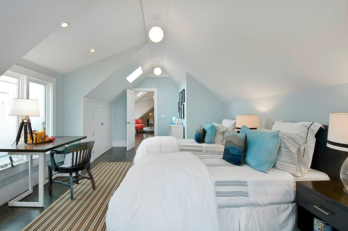 If only my crazy dormer bedroom could look like this.: Kids Bedrooms, Idea, Attic Bedrooms, Boys Bedrooms, Blue Wall, Boys Rooms, Paintings Color, Guest Rooms, Bonus Rooms