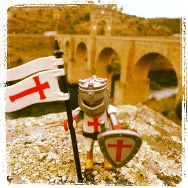 No pasarán!!! #Árranz guardando la frontera por #cáceres en el pueblo de #alcántara defendiendo el pasó sobre el río #tajo del #puentedealcantara . #templarios #playmobil