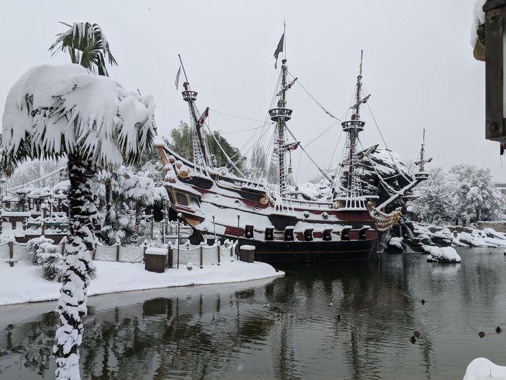 Snow Falls on Disneyland Paris