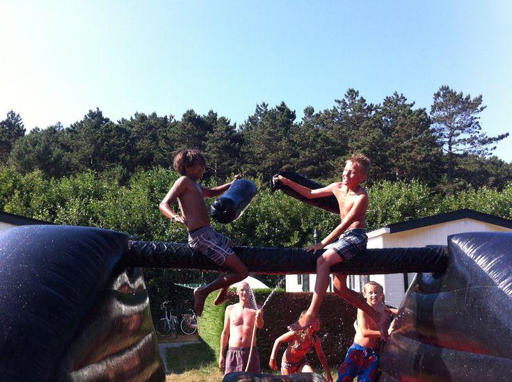 Zakslaan op Camping Landzicht op Terschelling www.mooiweerzomerspelen.nl