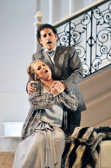 Juan Diego Flórez and Diana Dalmau star in 'Linda de Chamonix', by Donizetti (2012)
