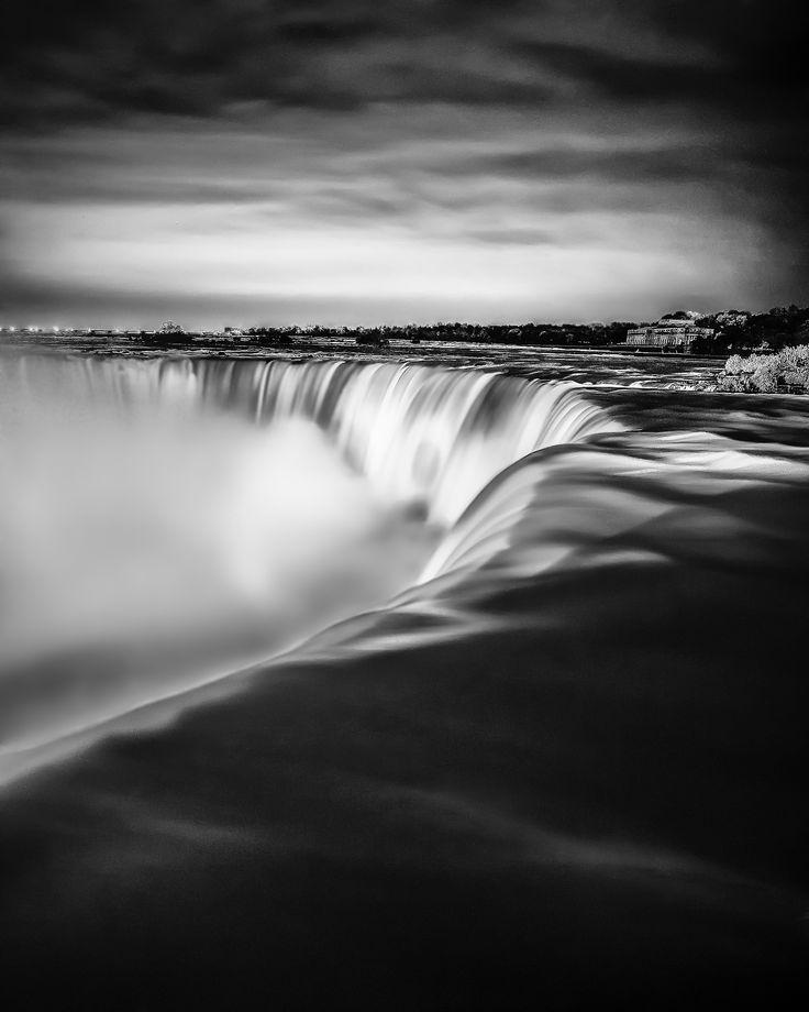 Niagara Falls by Rob Elliott on 500px