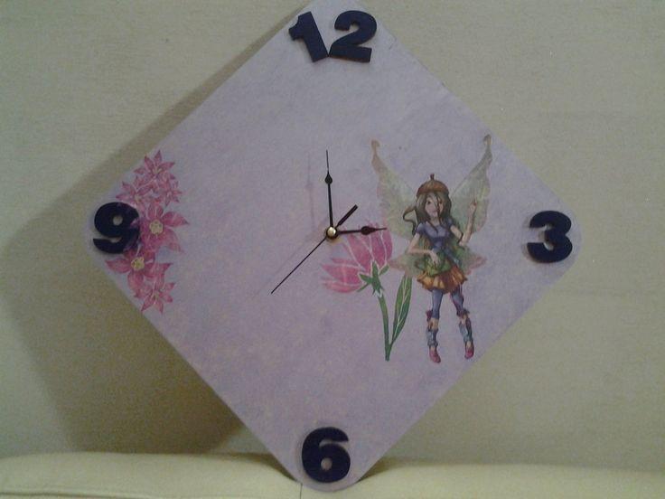 *Orologio violetto per cameretta bimba con fiori e fatine* By Vale Decò