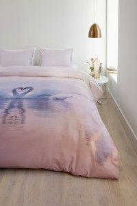 Dekbedovertrek Ambiante Swan Lake Soft Pink - NIEUWE COLLECTIE | Duvet cover Ambiante | http://www.livengo.nl/blog/2016/02/10/vers-van-de-pers-romantisch-beddengoed | #blog nieuwe #dekbedden #slaapkamer #livengo
