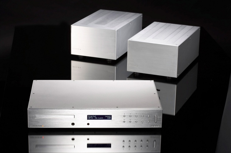 Audiolab 8200CDQ and 8200MB