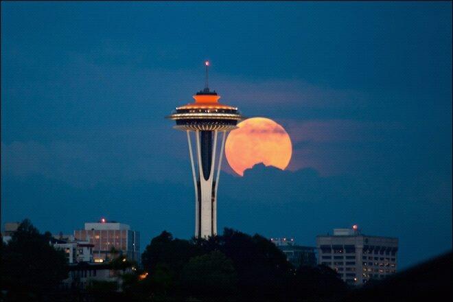 Super Moon Seattle: Photos, Spaces Needle, Favorite Places, Seattle Spaces, Super Moon, Beautiful, Washington States, Seattle Super, Supermoon