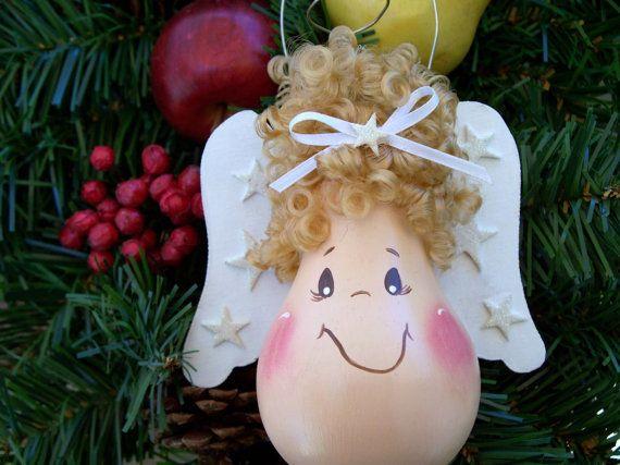 Christmas Painted Light Bulbs | Hand Painted Light Bulb Christmas Angel by TREASURESTOSHARE