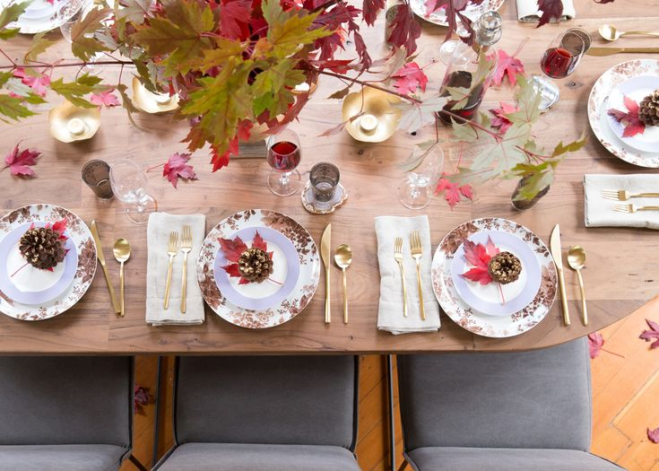 Three Tricks to Setting a Cozy Thanksgiving Table
