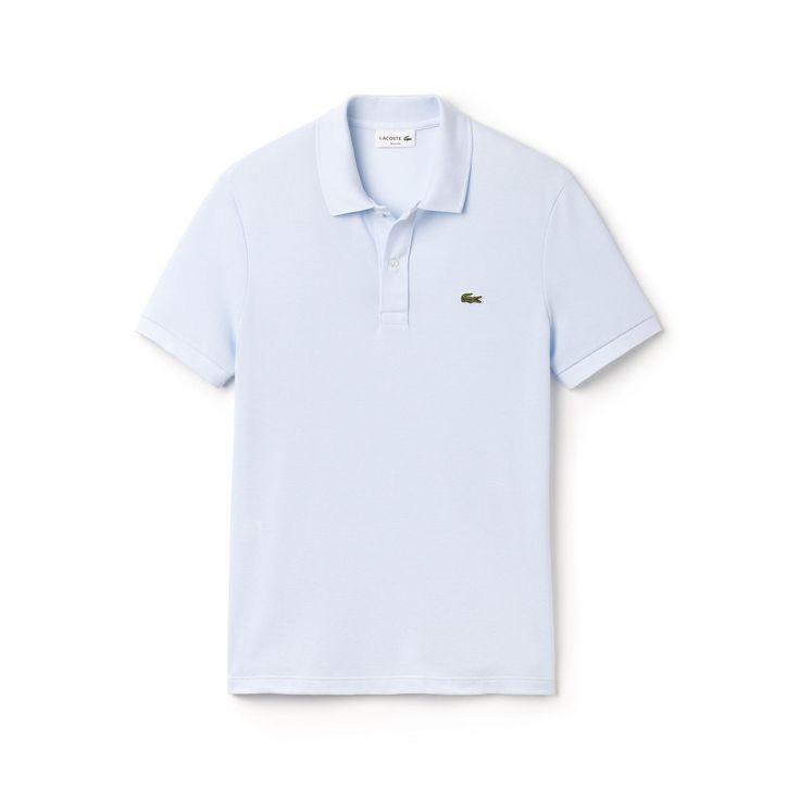 Das aus dem für die Marke typischen Baumwoll-Petit-Piqué gefertigte Polo gehört diese Saison zur modischen Grundausstattung. Perfekt zu einer Chino-Hose aus Baumwolltuch und einem Paar Sneakern aus der aktuellen Kollektion.