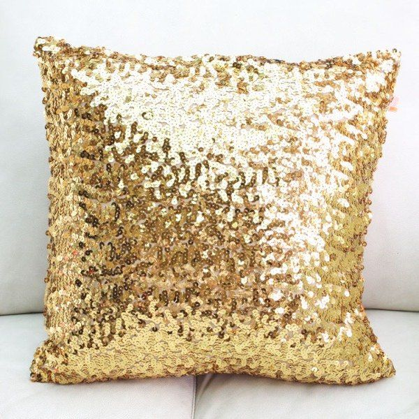 gold sequin pillow. Idek why I like this so much