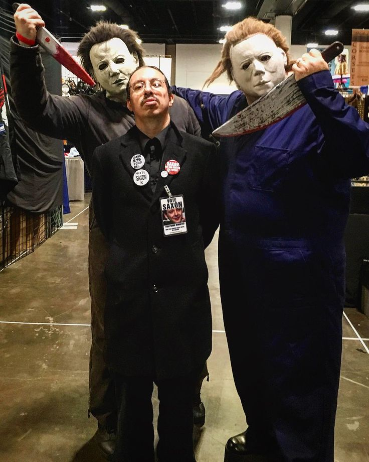 Michael Myers The Master & Michael Myers. . . . . . . #michaelmyers #halloween #johncarpenter #horror #themaster #doctorwho #doctorwhocosplay #timelord #slasher #cosplay #cosplayersofinstagram #cosplayers #horrorcosplay #votesaxon #cosplaying #menofinstagram #menofcosplay #throwbacktuesday #costume #knives #tylermane #tbt #gore #tampa #scary #robzombie #horrormovies #scarymovies #murder #evil
