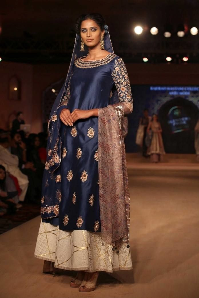 Anju Modi Bajirao Mastani Collection - Anju Modi