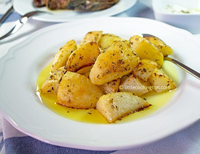 Traditional Greek Lemon Garlic Roasted Potatoes (Patates fournou)