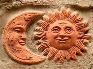 マヤ文明太陽と月
