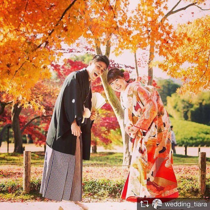 . この秋もたくさんの#紅葉前撮り お手伝いさせていただきました# . 赤や黄色に色づいた木々の中で#色打掛 が映えて素敵なショット  日本人だからこそ#和装 に袖を通して四季を感じる#特別な1枚 を残していただきたいです# .  #tiarawedding1995#amboel#cutiepie倶楽部#岡山結婚式#岡山#岡山式場#岡山後楽園#岡山前撮り#紅葉ショット#結婚式準備#秋婚#プレ花嫁 #プレ花嫁応援#後楽園前撮り#伝統衣装#紋付袴#和婚#和婚ヘア#ふたりらしい前撮り#フォトジェニック#2018秋婚 #2018春婚 #伝統美