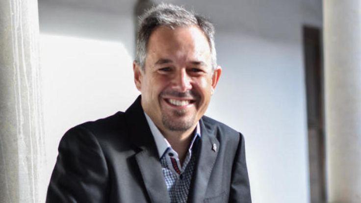 Óscar Cordón, el investigador que enseña a las máquinas a pensar como los humanos. Noticias de Tecnología. Este catedrático de Ciencias de la Computación en Inteligencia Artificial de la Universidad de Granada está obsesionado con diseñar software e inteligencia artificial que imita a la naturaleza