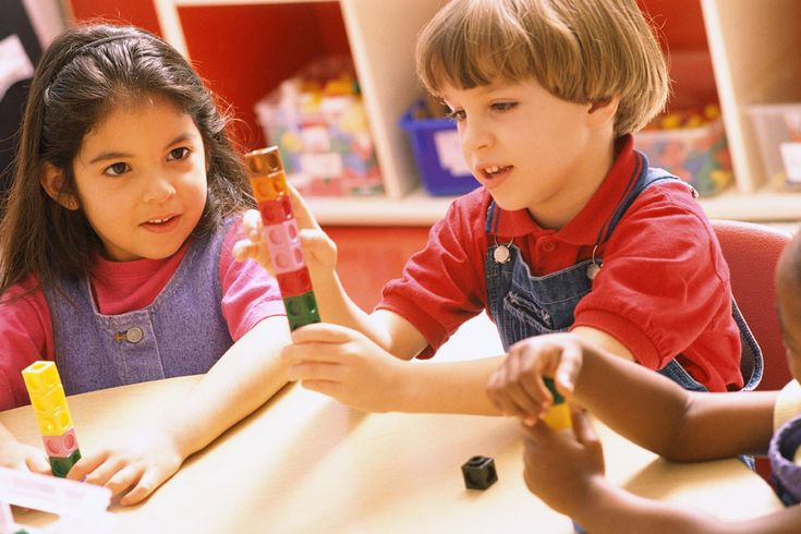 6 MITOS (de que se fala) sobre a preparação de uma criança no JARDIM DE INFÂNCIA para a ESCOLA PRIMÁRIA (recolhidos pela MUNDOS DE VIDA).