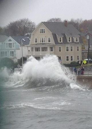 PHOTOS: Hurricane Sandy in Salem - Salem, MA Patch. Humphrey street in Swampscott.