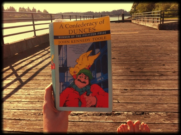 an analysis of a confederacy of dunces by john kennedy otoole A confederacy of dunces, john kennedy toole a confederacy of dunces is a picaresque novel by american novelist john kennedy toole which reached publication in 1980 .