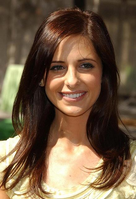 sarah michelle gellar- love her hair color
