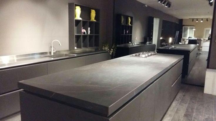 dekton kelya by cosentino isra l kitchen pinterest originals. Black Bedroom Furniture Sets. Home Design Ideas