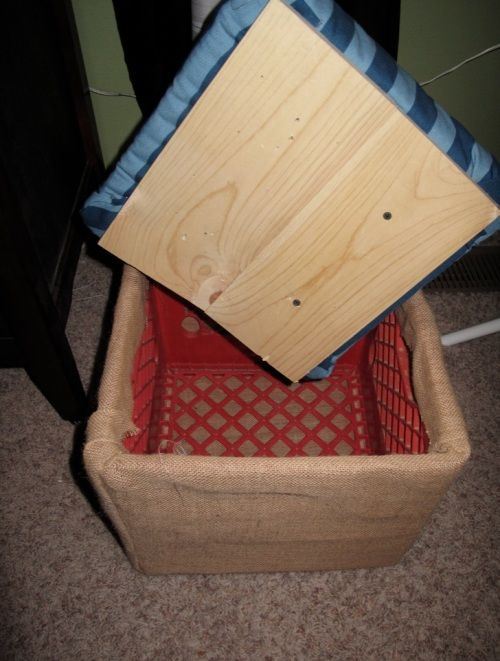 Top 25 best crate ottoman ideas on pinterest diy for Milk crate crafts