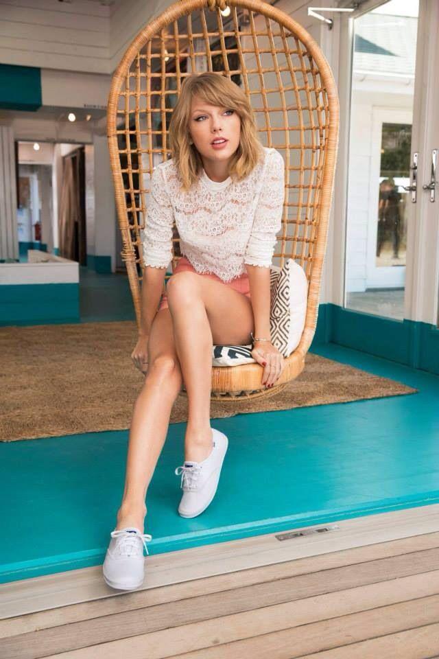 Pin by Daniela De Alba on T.S. | Taylor swift hot, Taylor ...