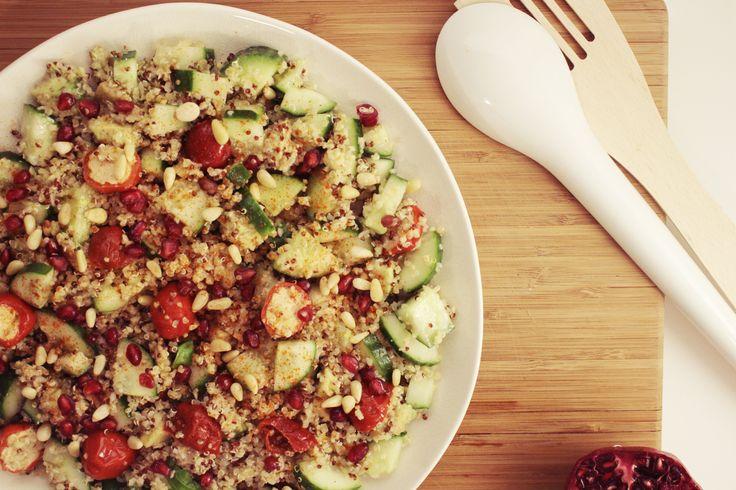 Dit recept barstensvol vitamientjes zorgt zeker weten voor een energieboost tijdens de winterblues. Dit slaatje is trouwens 100% vegetarisch - ideaal dus tijdens deze dagen zonder vlees!