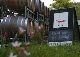 Foxeys Hangout Wine Company