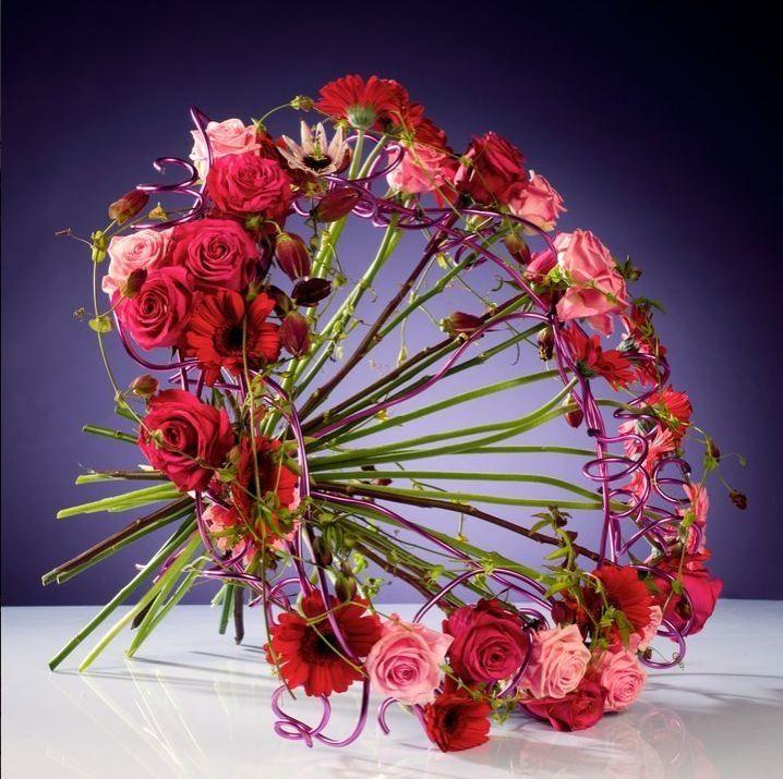 604 best images about art floral moderne on pinterest gerbera floral arrangements and florists. Black Bedroom Furniture Sets. Home Design Ideas