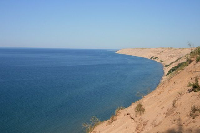 Sand dunes in the Upper Peninsula: Pictures Rocks, Midwest Adventure, Sleep Bears Dune, Lakes Superior, Lake Superior, Awesome Mittens, Logs Sliding, Neat Places, Peninsula Michigan
