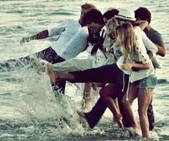 friends + summer = <3