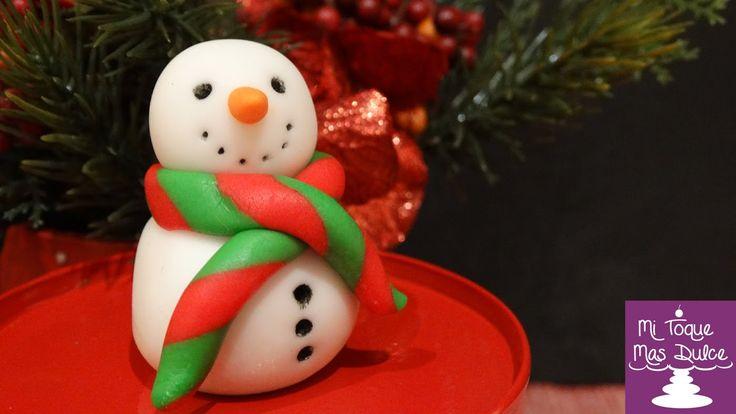 Moldeado de muñeco de nieve para navidad en fondant para decorar cupcakes