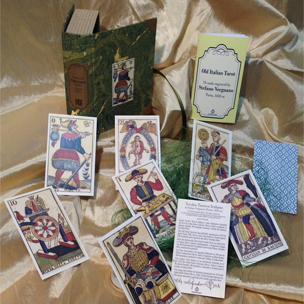 Box created by Letizia Rivetti for the VERGNANO TAROT 1830, published by Araba Fenice in 2014.
