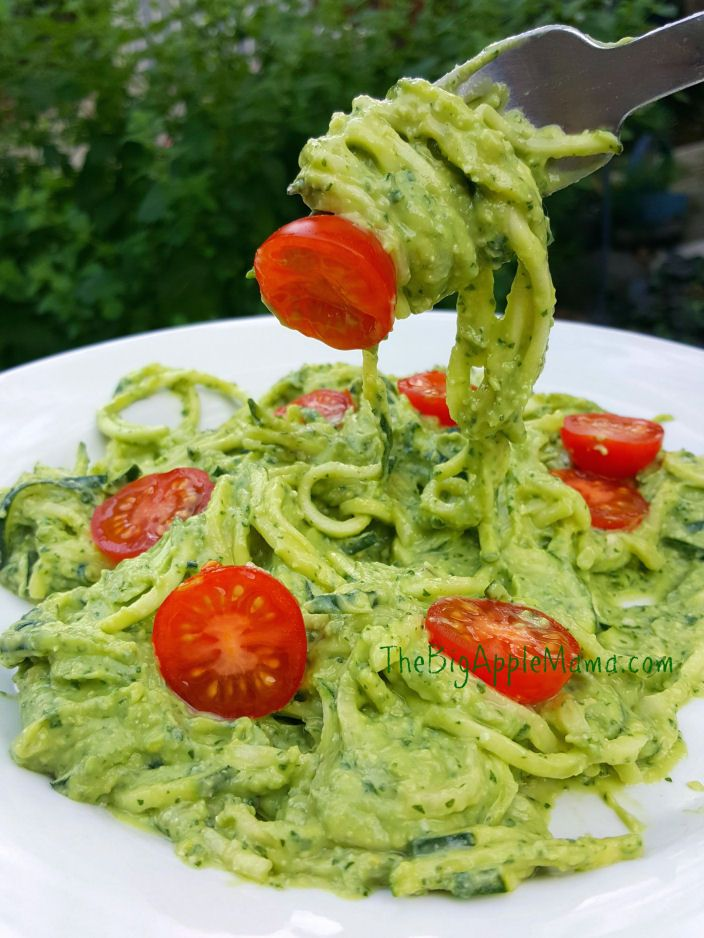 Creamy Avocado Pesto Zoodles.  Healthy and delicious!! Pin for Later!