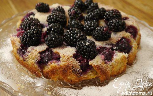 Рецепт – Сметанный пирог с ежевикой и голубикой