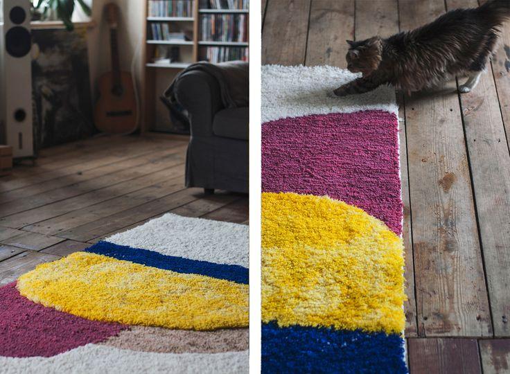 hand woven hand knotted woolen carpet Hoffmann graduation project by Jadwiga Lenart, photo: Natalia Bartczak