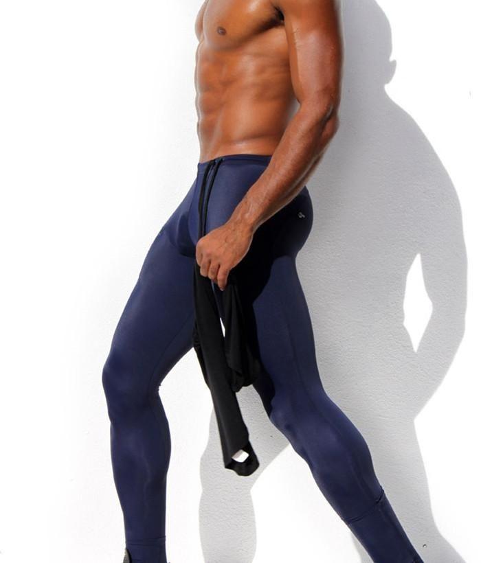 Pantyhose under sweatpants