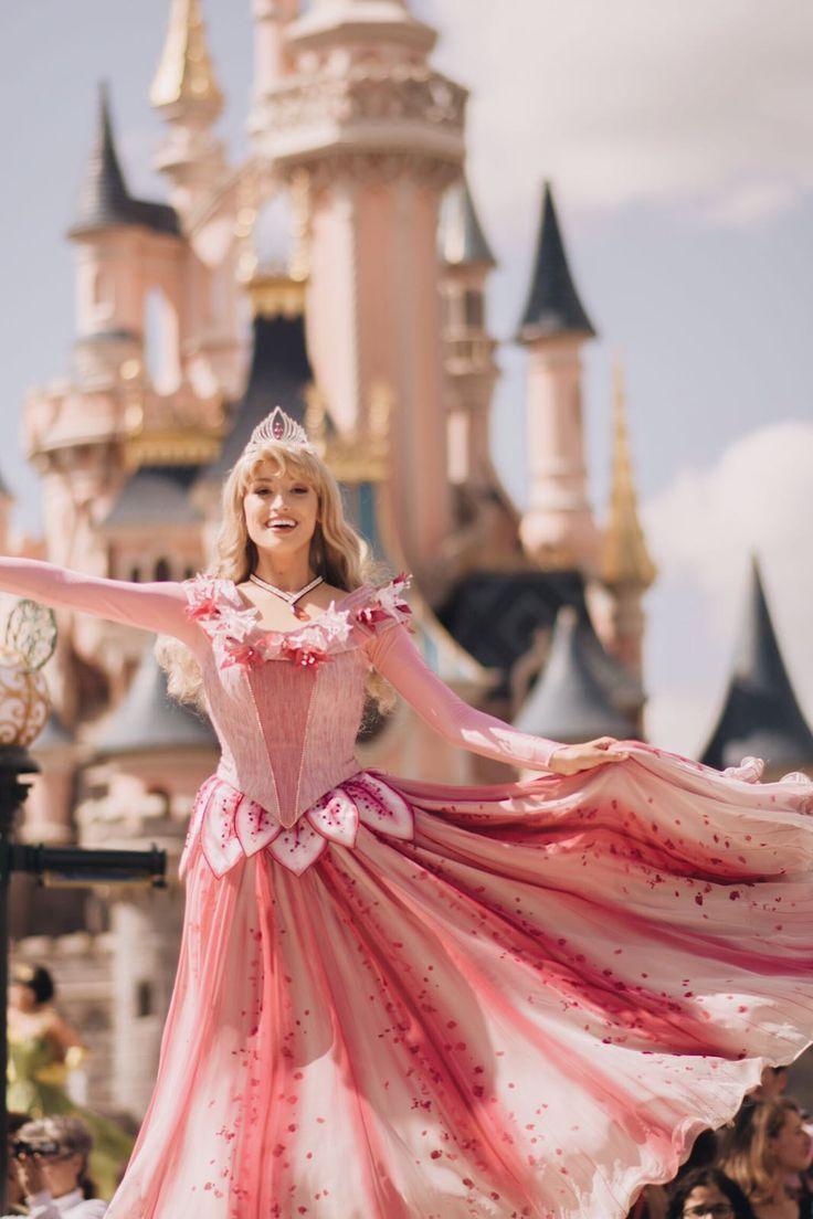aurora sleeping beauty   Travel Pics & Quotes   Disney, Disneyland
