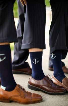 Anchor socks for the groom/groomsmen. Found on the berry #groom #sox