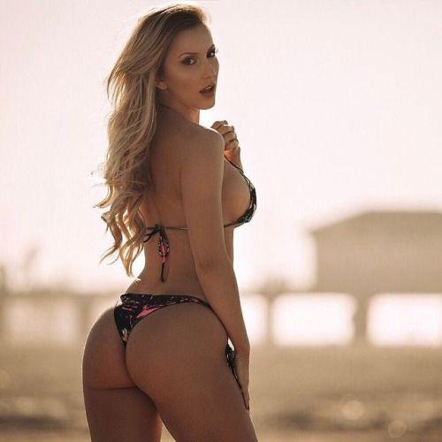 Amanda Paris - Bikini Babe